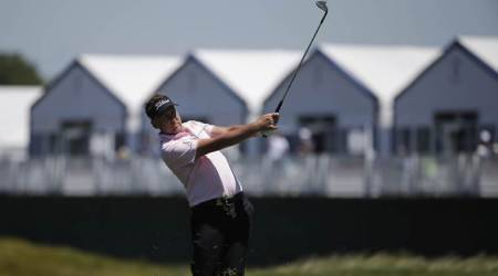 Ian Poulter, Scott Piercy lead U.S. Open as favourites blown away