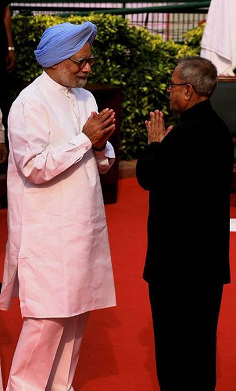 Pranab Mukherjee, Pranab Mukherjee in RSS event, Pranab Mukherjee and RSS, RSS, Sharmistha Mukherjee, Pranab Mukherjee and Congress, Pranab Mukherjee news, India news, Indian Express