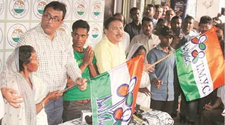 'Threatened by BJP', Purulia tribals join TMC