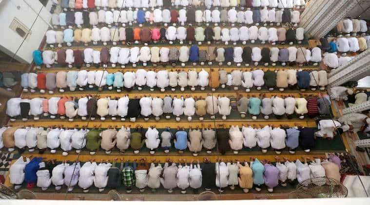 Ramzan, ramadan 2018, suhoor, sehri, ramadan 2018 rituals, e'tikaaf, suhoor, sehri, Meatless Days, roza, Islamic scholar, Eid ul-Fitr, Muslim Majlis-e Mushawarat, indian express