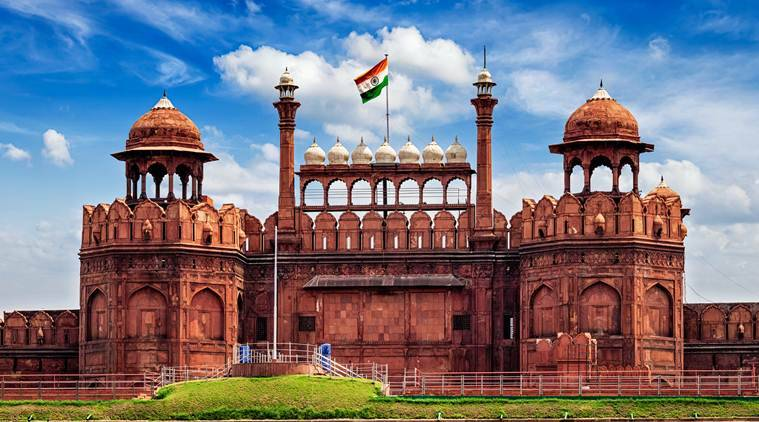 Tauseef khan, artist, history and art, old delhi, painting, red fort, taj mahal, mughal monuments, indian history, mughal history, express talk, indian express