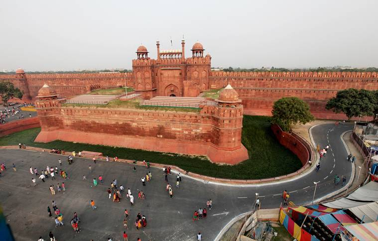 Red Fort, Red Fort controversy