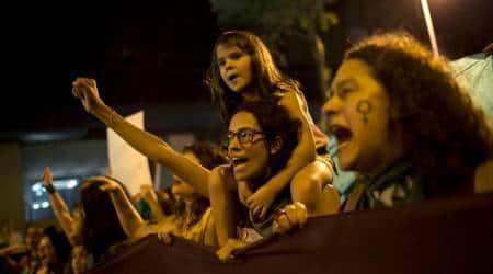Brazil: Hundreds of women march in Rio de Janeiro to demand legalabortion
