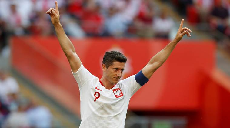 Lewandowski leads Poland 4-0 over Lithuania