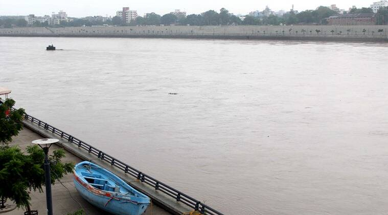 lesbian couple suicide, lesbian couple and child, rajoda village lesbian couple, Sabarmati river, suicide in Sabarmati river, Gujarat lesbian couple, India news, Indian Express news