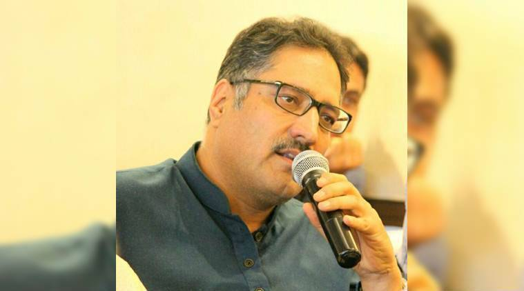Rising Kashmir Editor-in-Chief Shujaat Bukhari was shot dead by unidentified men in Srinagar's Press Colony on Thursday. (Facebook/Syed Shujaat Bukhari)