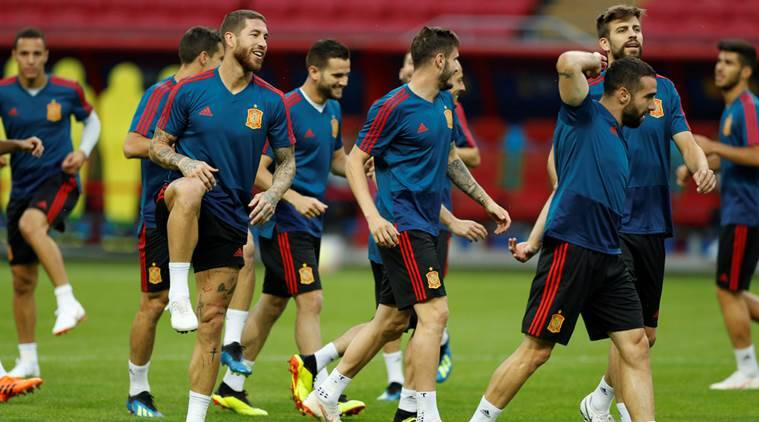 Dani Carvajal returns to Spain lineup against Iran