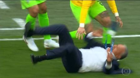 FIFA World Cup 2018: Brazil coach Tite tumbles as Philippe Coutinho scores in 91st minute, watch video