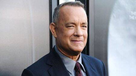 Tom Hanks sweeps into action in a mid-show medicalemergency