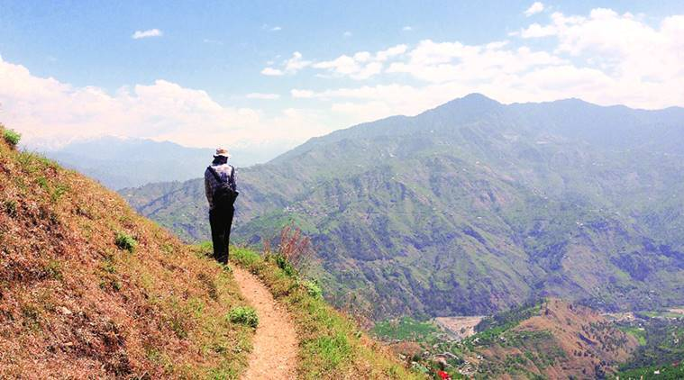 travelling, travelling solo, travelling with family, different ways of travelling, exploring while travelling, indian express, indian express news
