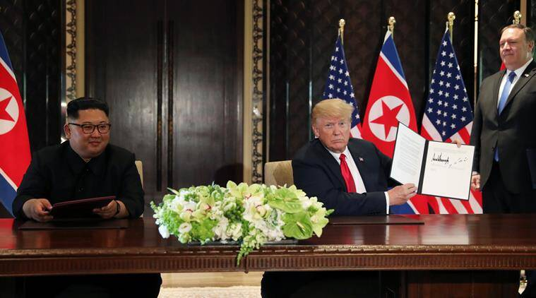 Kim Jong Un dan Donald Trump (the indian express)