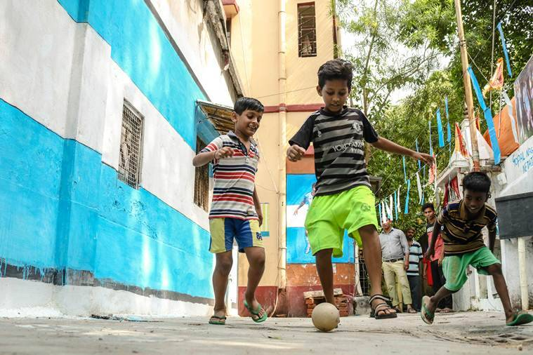 FIFA 2018, FIFA, football, football world cup, football Kolkata, Football West Bengal, Football world cub west bengal, Football world cup Kolkata, Messi, Argentina, FIFA news, sports news, Indian Express