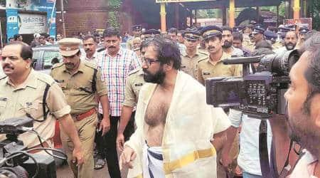 BJP, CPM workers clash as Kerala writer 'atones' for Kathua rape inKannur