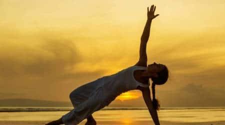 International yoga day, yoga day, international yoga day 2017, june 21 yoga day, 5 reasons why Yoga is good for your heart, heart yoga day, healthy heart yoga pose, yoga pose for healthy heart, indian express, indian express news