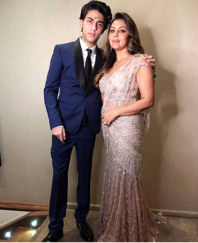 Gauri Khan photo with Aryan Khan