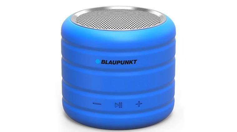flipkart, flipkart big shopping days, flipkart sale, flipkart sale jbl headphone discounts, flipkart big shopping days best accessories deals, flipkart big shopping days offers, sanddisk otg pendrive, bluetooth speaker, power bank, flipkart sale today