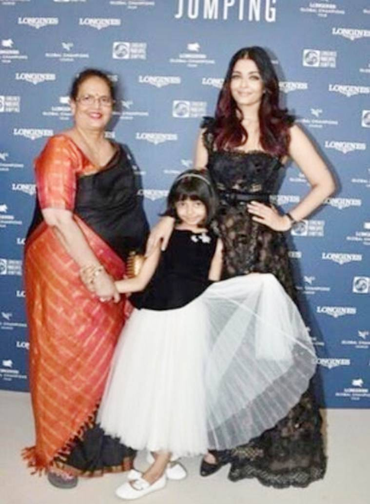 aishwarya rai bachchan with aradhya and mother