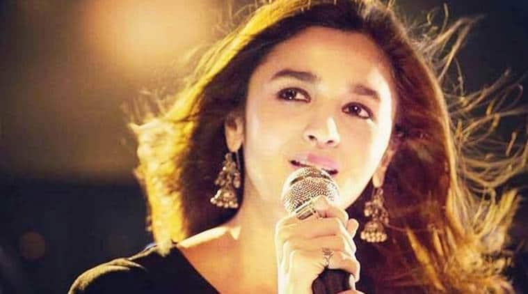 alia bhatt sings ranbir kapoor song
