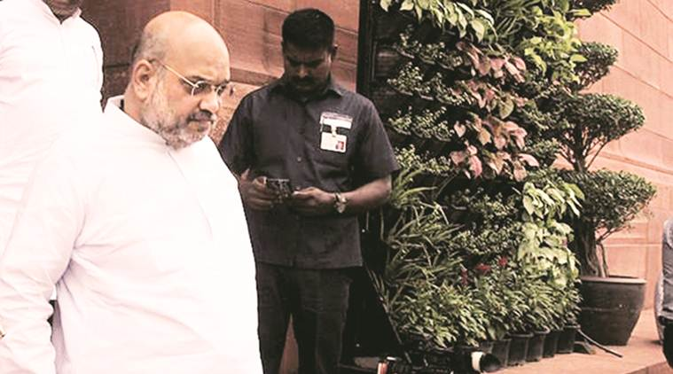On agenda of Amit Shah's visit to Allahabad: Talks on changing name