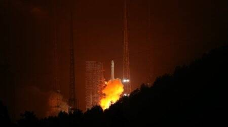 China successfully launches two remote sensing satellites