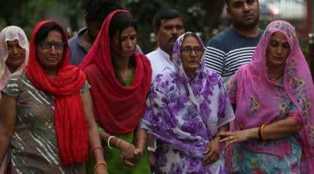 burari deaths, burari family suicide, burari family relatives, burari murder mystery, crime news, delhi police, delhi crime branch