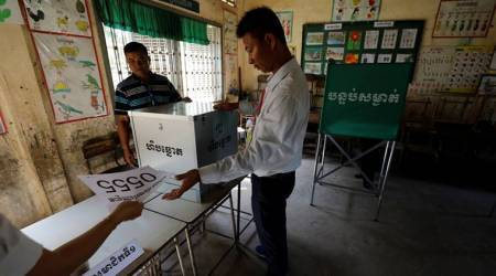 Cambodia sets up polling stations; government critics call for election boycott