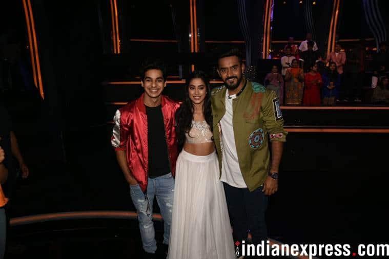 dhadak stars ishaan khatter and janhvi kapoor on dance deewane