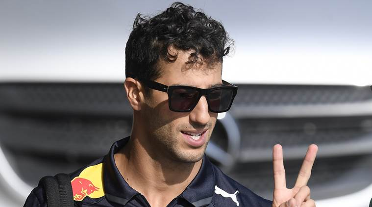 Red Bull's Daniel Ricciardo fastest in Singapore GP first practice