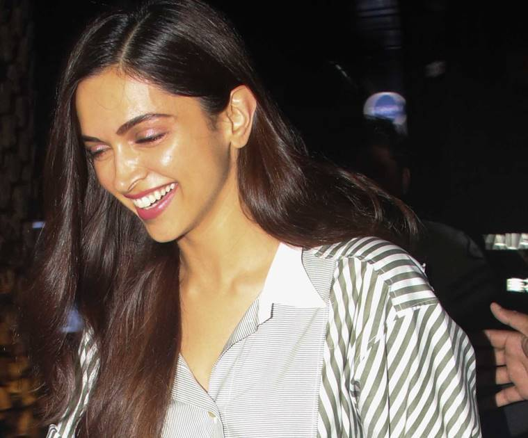 Deepika Padukone, Deepika Padukone latest photos, Deepika Padukone fashion, Deepika Padukone casual style, Deepika Padukone updates, Deepika Padukone latest pics, Deepika Padukone latest news, celeb fashion, bollywood fashion, indian express, indian express news