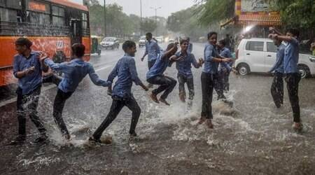 Afternoon showers in Delhi-NCR, possibility of light rains tomorrow