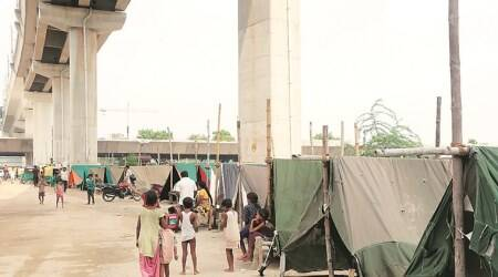 Delhi: Families displaced by rising river say not enough tents, toilets