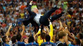 France coach Didier Deschamps: Water carrier who fed wine