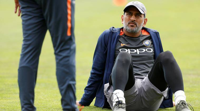 Ravi Shastri makes a big statement as MS Dhoni retirement rumours emerge