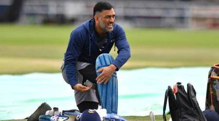 India vs England 3rd ODI: MS Dhoni needs someone to bat with him down the order, says Sanjay Bangar