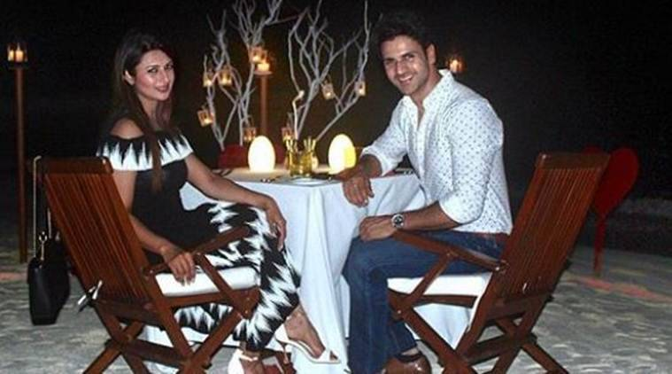 divyanka tripathi and vivek dahiya anniversary photos