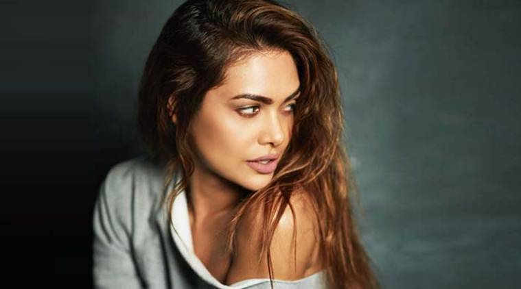 mage result for Esha Gupta