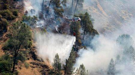 California: Deadly fire shuts down key route to Yosemite National Park