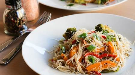 Express recipe: Whip up nutritious stir-fry rice noodles in no time