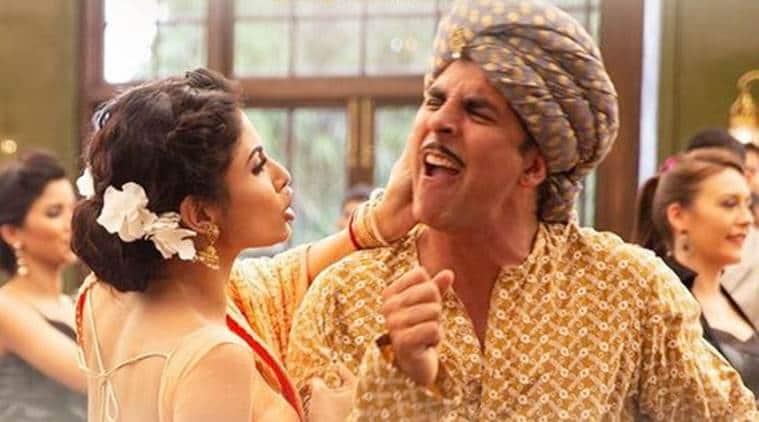 Gold song Chad Gayi Hai starring akshay kumar and mouni roy