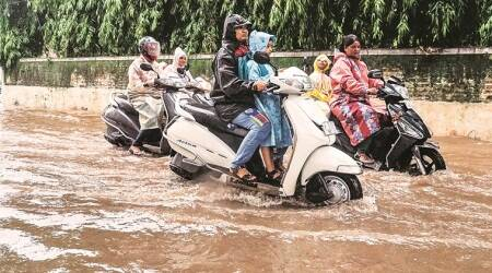 Gujarat: Heavy rainfall in South and Saurashtra, Kutch remains dry