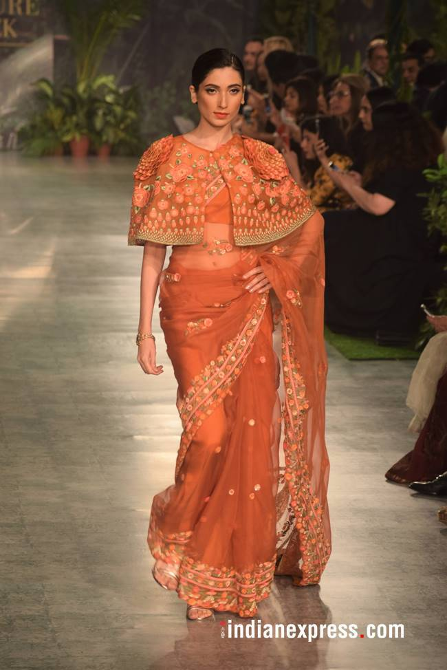 Indian Couture Week 2018, Indian Couture Week Rahul Mishra collection, ICW 2018, ICW rahul mishra collection, rahul mishra bridal couture, rahul mishra bridal outfits price, indian express, indian express news