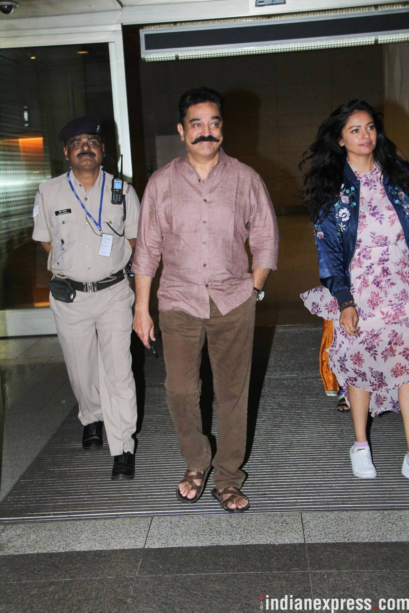 kamal haasan at airport