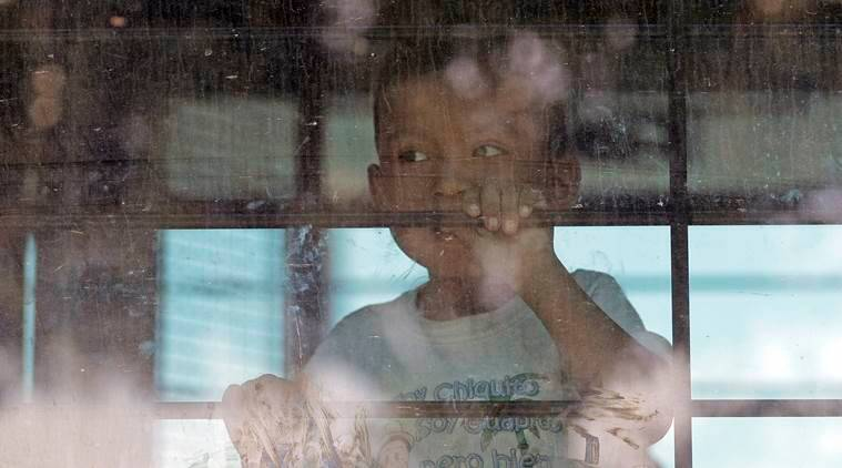 US federal agency says it lost track of 1,488 migrant children