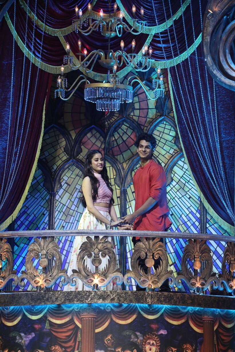 ishaan khatter and janhvi kapoor on indias dramebaaz