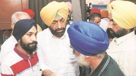 Ludhiana: Sukhpal Khaira meets victim's family, no cremation 7 days after death