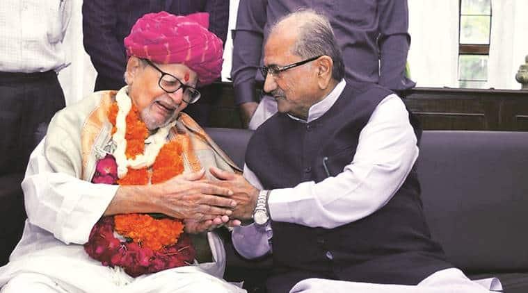 Madhavsinh Solanki, Former Gujarat CM Solanki,Madhavsinh Solanki Congress, Gujarat Congress, Rahul Gandhi, Indian Express, Latest news