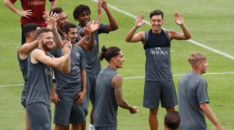 Unai Emery and Petr Cech give verdicts on Mesut Ozil retirement decision