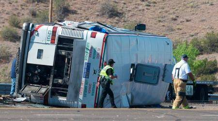 Mexico passenger bus crash kills 3, injures 24 others