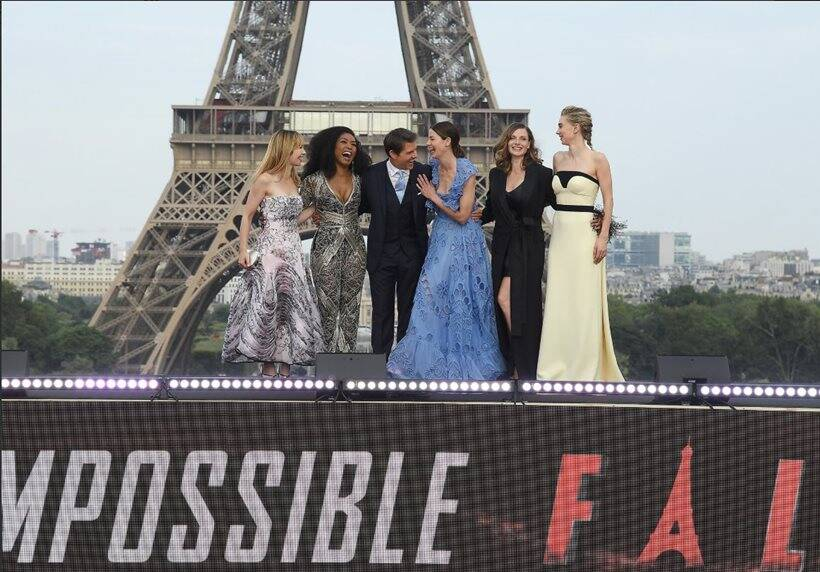 tom crusie rebecca ferguson and others in the paris world premiere of mission impossible fallout