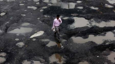 Supreme Court express concern over deaths in accidents due to potholes